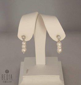 Triple pearl silver oorbellen