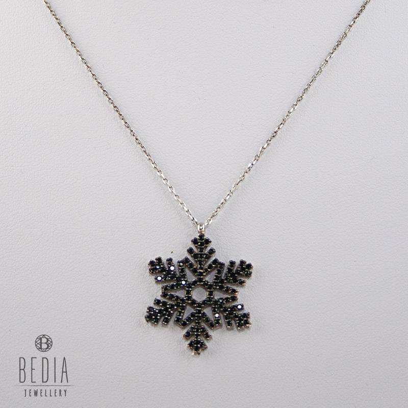 """Ice crystal"" necklace"