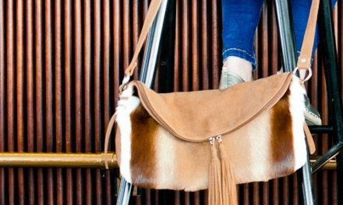 25495e2a7f Crossbody Bag - Caught by Eef