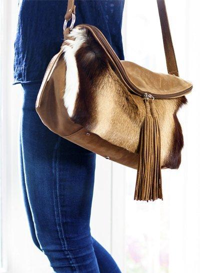 Caught by Eef Camel Leren Crossbody tas | Audrey's Double Easy Springbok