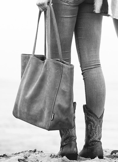 Caught by Eef Camel Leren Shopper | Lena's Fabulous XL