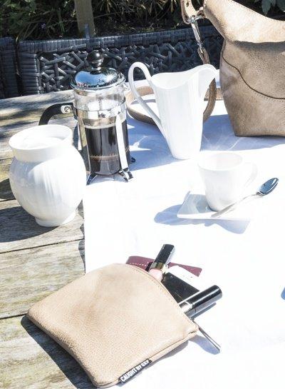 Caught by Eef Licht beige Leren Portemonnee | Bena's Bag in Bag