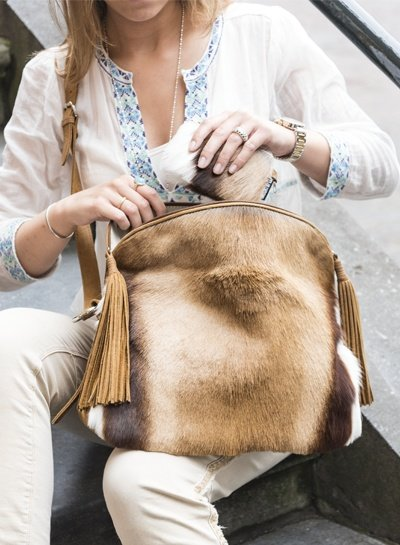 Caught by Eef Camel Leather Crossbody bag | Audrey's Double Easy Springbok