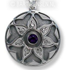 Mandala hanger met steen