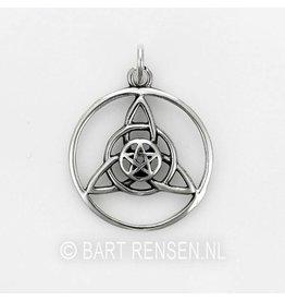 Triquetra pendant - silver