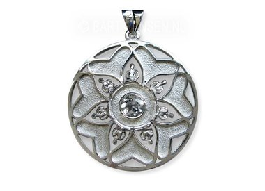Meditation pendants