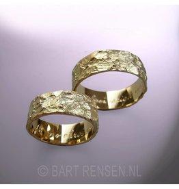 Trouwringen structuur - goud