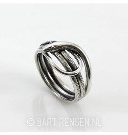 Snake Ring - silver