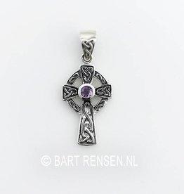 Keltisch Kruis met Edelsteen