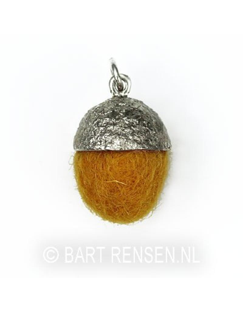 Acorn pendant - sterling silver