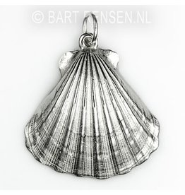 St. Jacobs-shell pendant