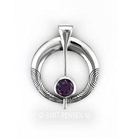 Fibula pendant