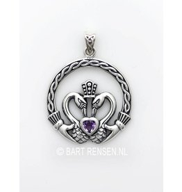 Claddagh pendant with stone - silver