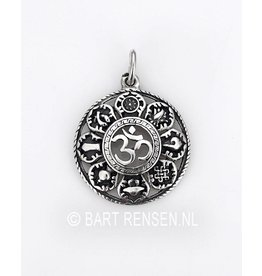 AUM pendant with lucky symbols - Copy