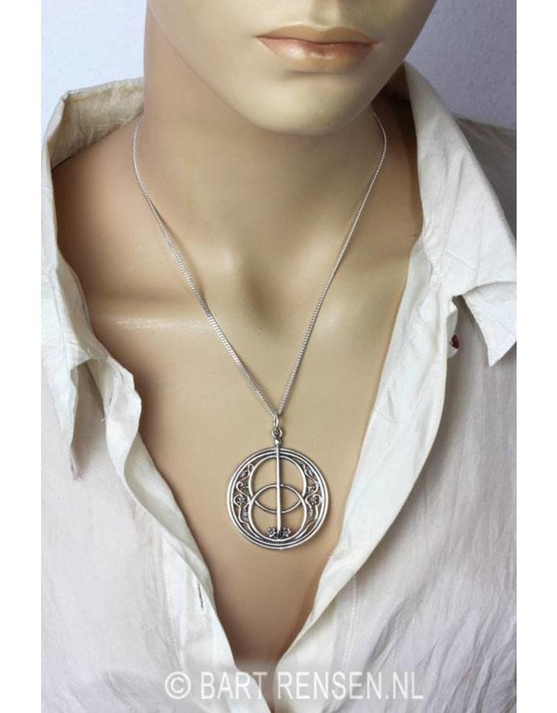 Vesica Pisces pendant - 14 crt gold