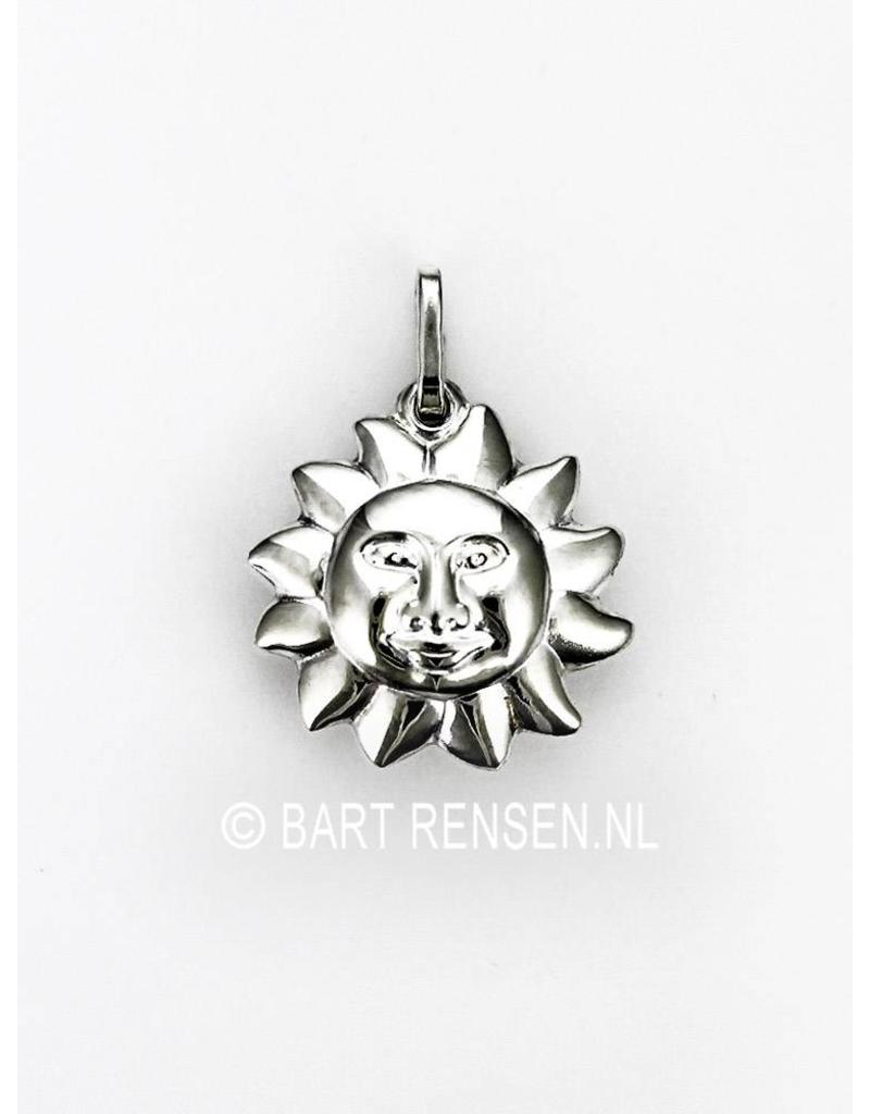Silver sun pendant a beautiful design and execution sun pendant sterling silver mozeypictures Choice Image