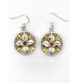 Lotus earrings with stone