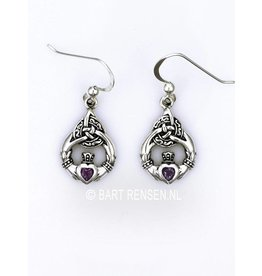 Claddagh earrings with stone
