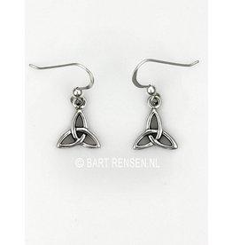 Zilveren Triquetra Oorhangers
