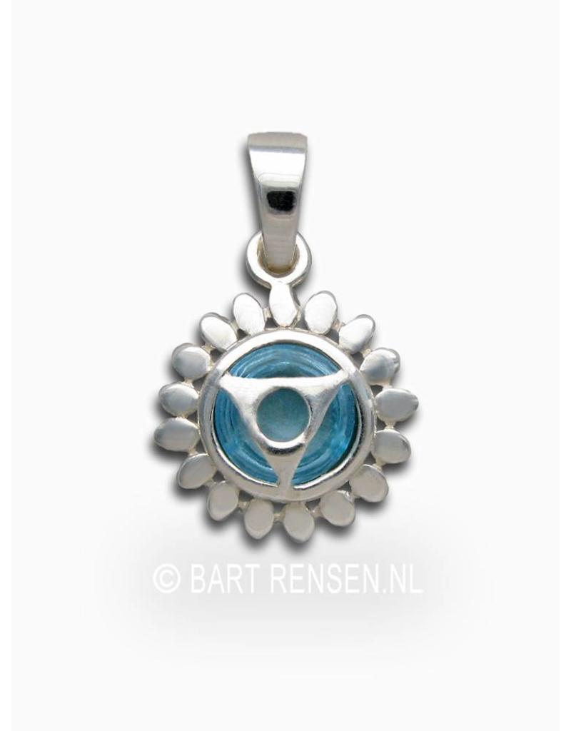 Throat chakra pendant - sterling silver