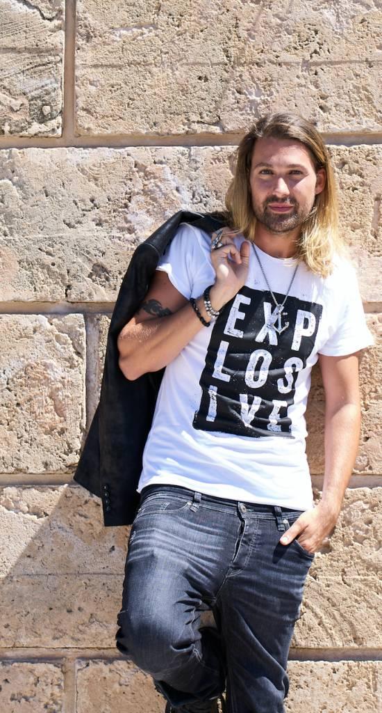 Explosive mens shortsleeve Shirt white