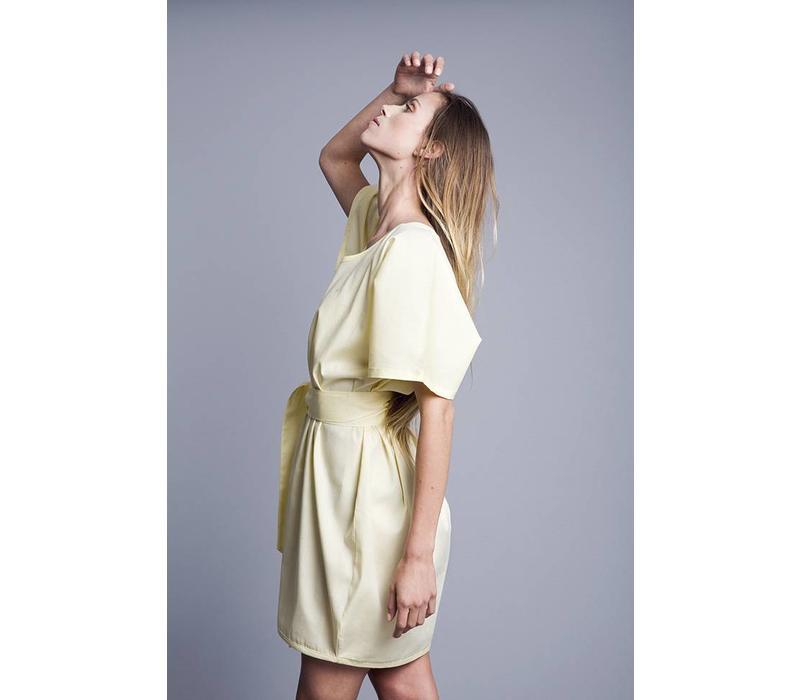 Kleid, Volver