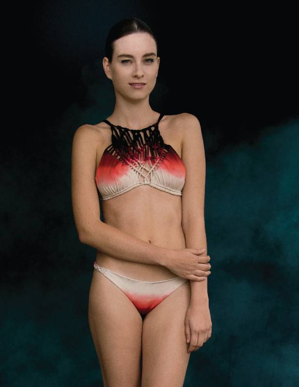 Entreaguas Bikini Entreaguas, Infinity turning coral