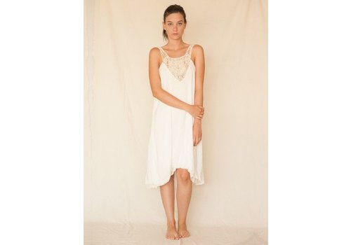 Entreaguas Dress Ivory Waterfall, Entreaguas
