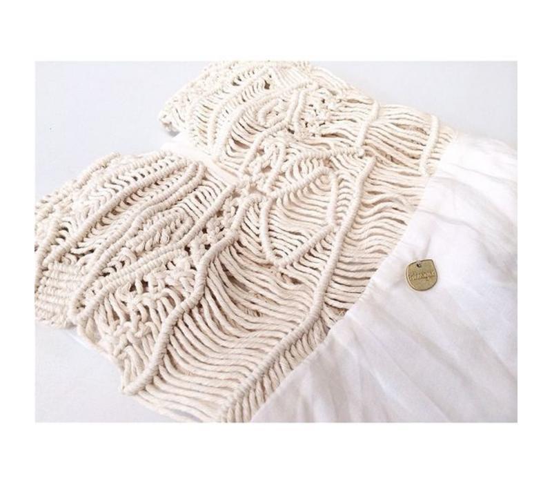 Kleid Ivory Sandstorm, Entreaguas