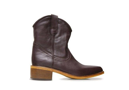 Basto Ankle boots Basto, Chocolate, 100% Leather