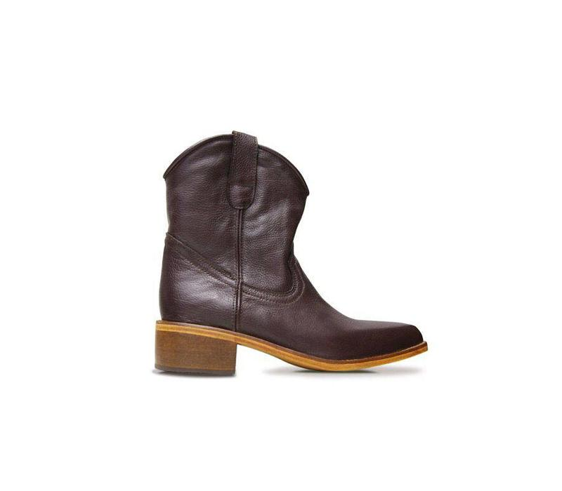 Ankle boots Basto, Chocolate, 100% Leather