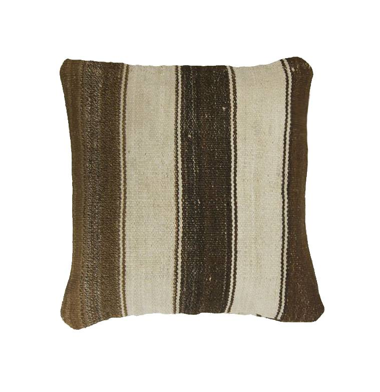 Huitru Pillow brown, 100% Alpaca wool, 40x40cm