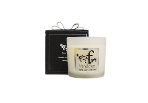 "Frandolce Organic Candle ""Girl of Ipanema"""