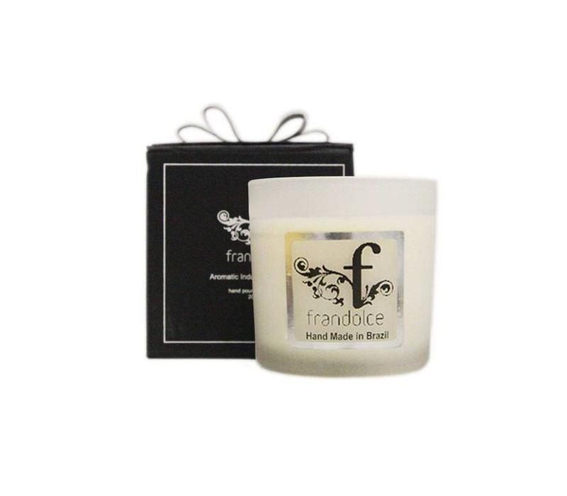 "Organic Candle ""Glrl of Ipanema"""