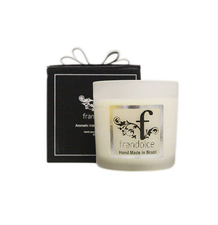 "Frandolce Organic Candle ""Glrl of Ipanema"""