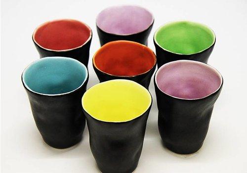 """Mario Brandao Vaso de cerámica negro """"Favella Collection"""""""