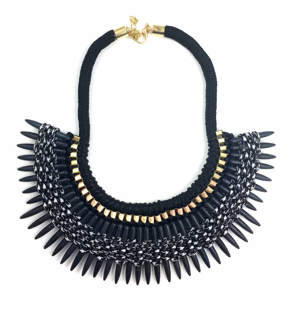 Frandolce Necklace Colmillo, Black