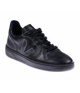 Veja Leather Black Black