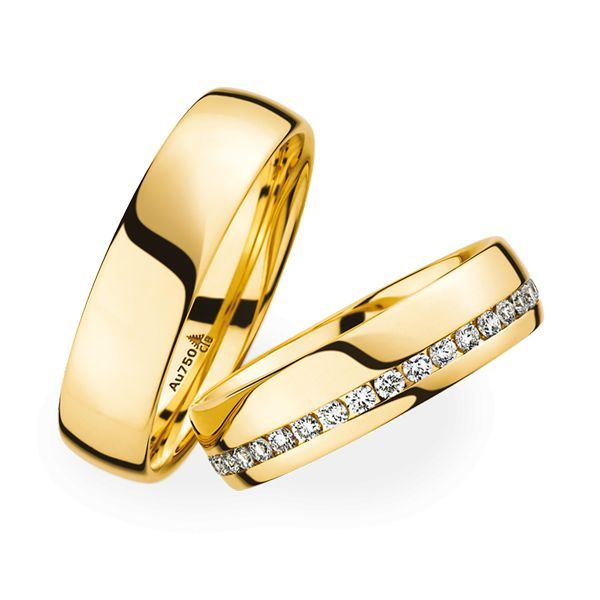 Wedding Rings 18 Carat Yellow Gold 35 Brilliants