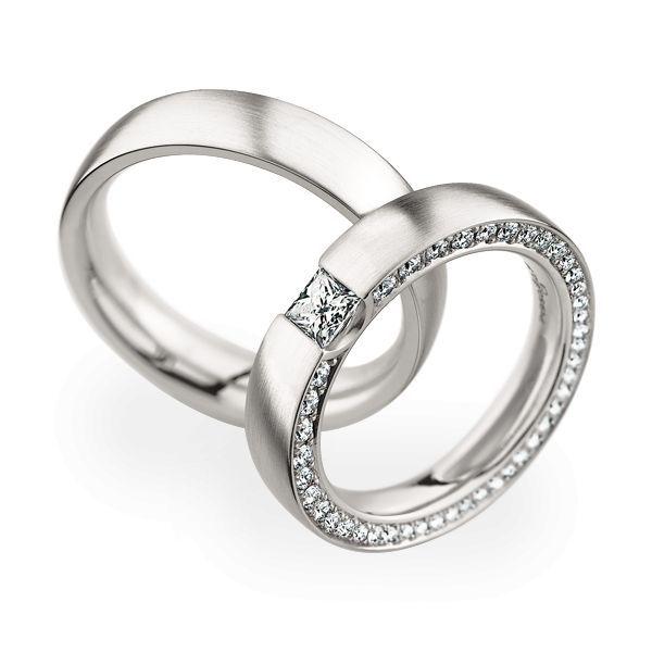 Wedding Rings 950 Platina 42 Brilliants / 1 Diamond Princess