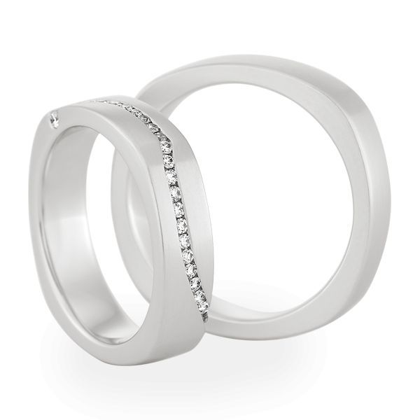 Wedding Rings 18 Carat White Gold 24 Brilliants