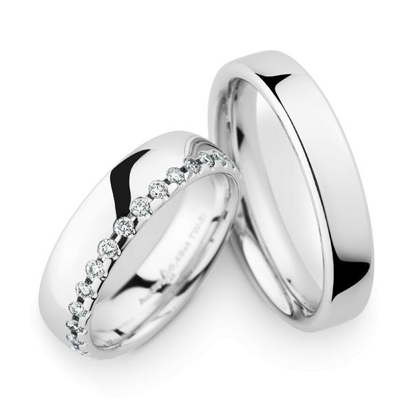 Wedding Rings 14 Carat White Gold 30 Brilliants
