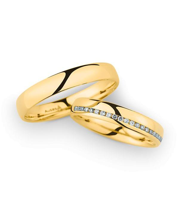 Christian Bauer Wedding Rings 14 Carat Yellow Gold 21 Brilliants