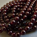 Granat Perlen