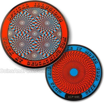 Coins and Pins Geocoin Optische Illusies - rood