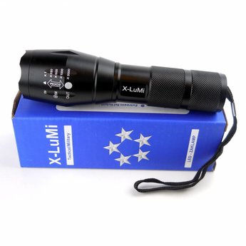 Militairy grade LED flashlight - tactical flashlight with SOS function
