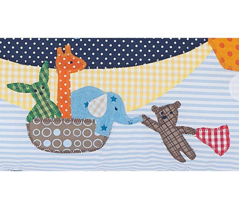 Namenskissen Zeppelin mit den Freunden Bär, Elefant , Giraffe und Hase, Farbe: Hellblau gestreift