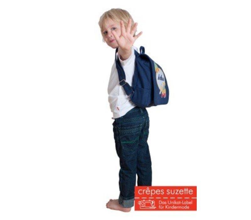 Kindergartentasche / Rucksack mit Namen bestickt. Reh und Schmetterling