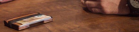 Portemonnaie aus Holz