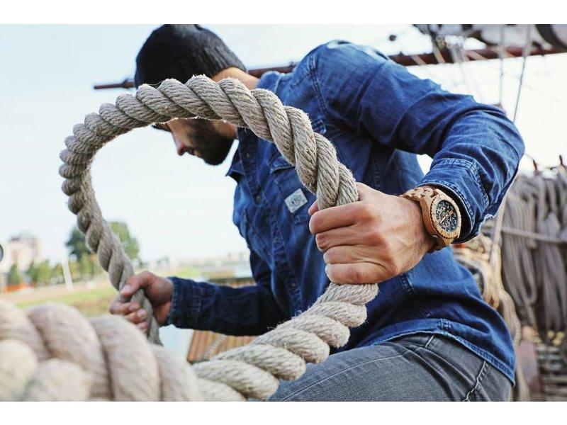 Lumbr Troy watch - van eikenhout met gouden binnenwerk | Lumbr